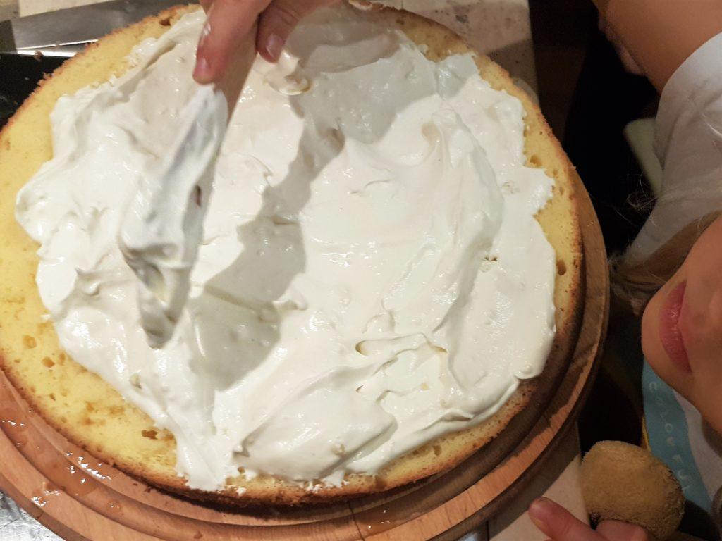 Applying a layer of cream
