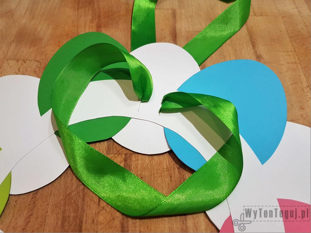Easter paper wreath in progress