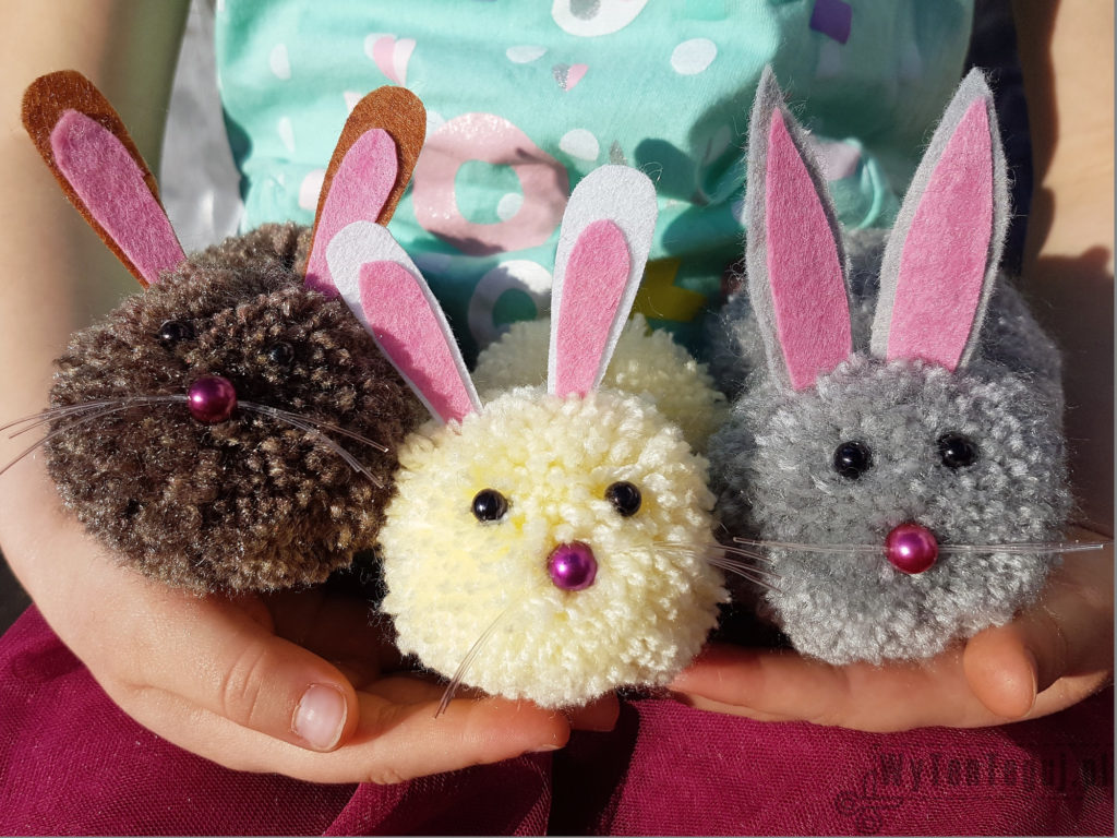 Kids love pom pom bunnies