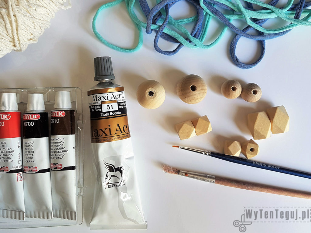Doll neklace - supplies