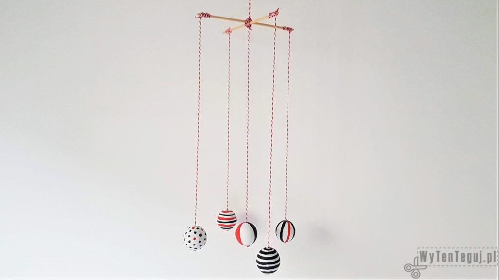 Montessori Mobile - painted wooden balls