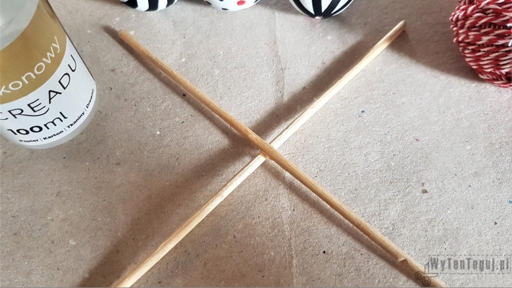 X-cross base for Montessori Mobile