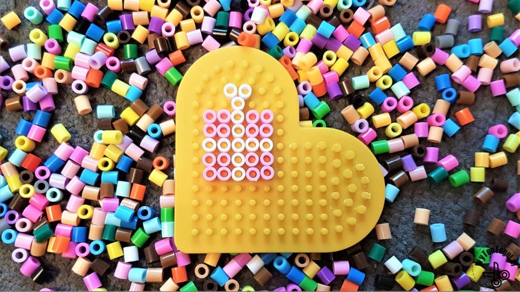 Hama bead gift pattern