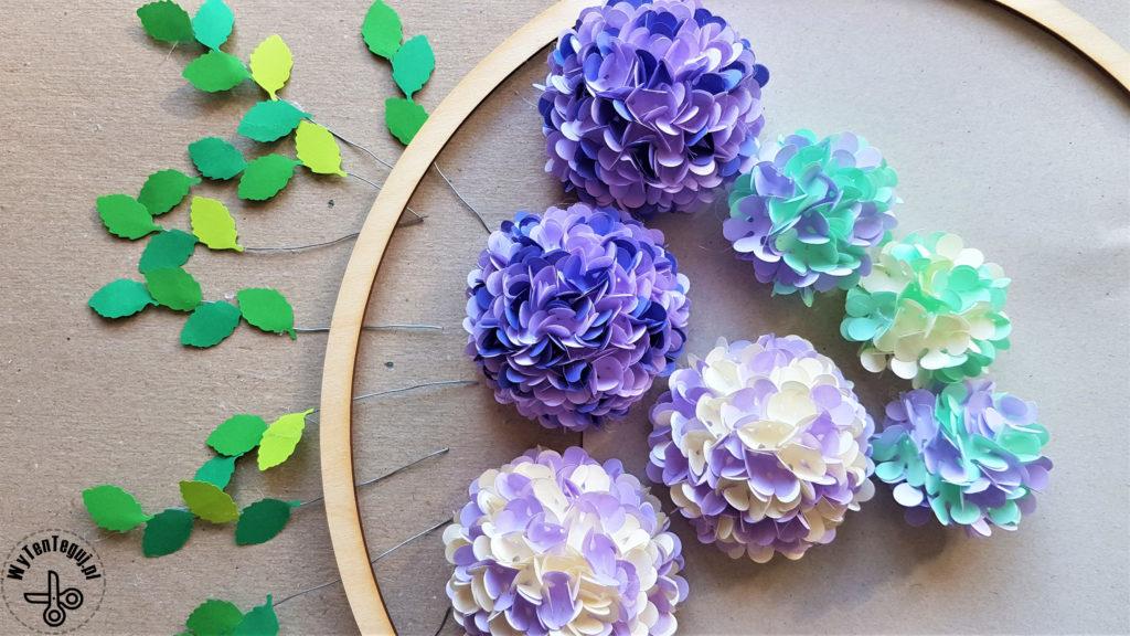 Paper hydrangea flowers wreath