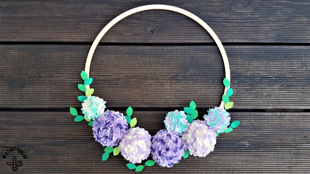 Paper hydrangea flower wreath