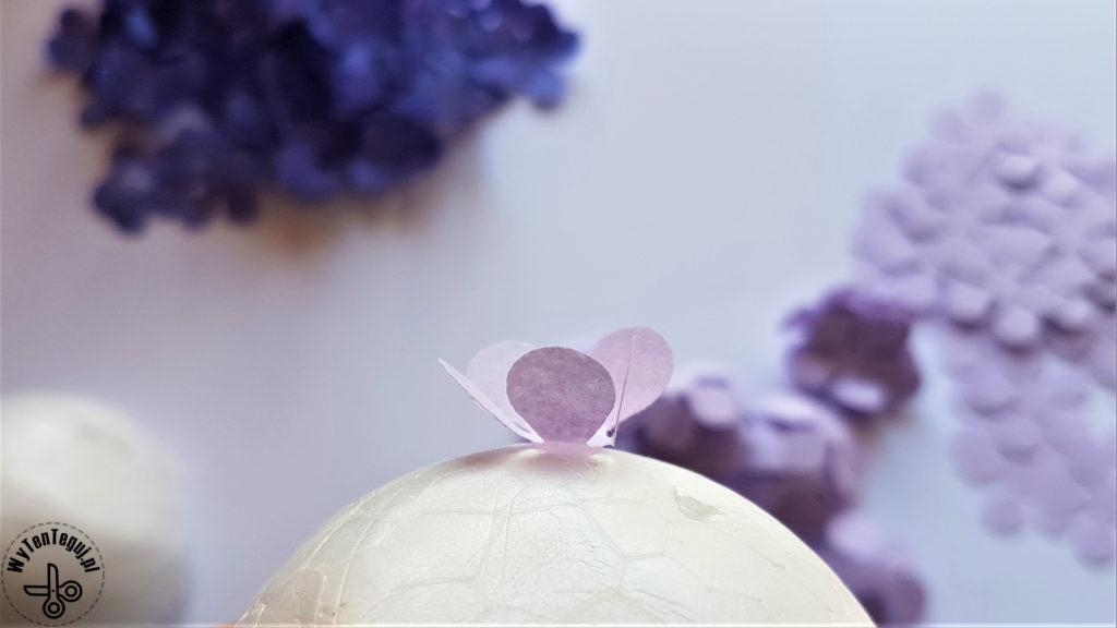 Gluing paper petals
