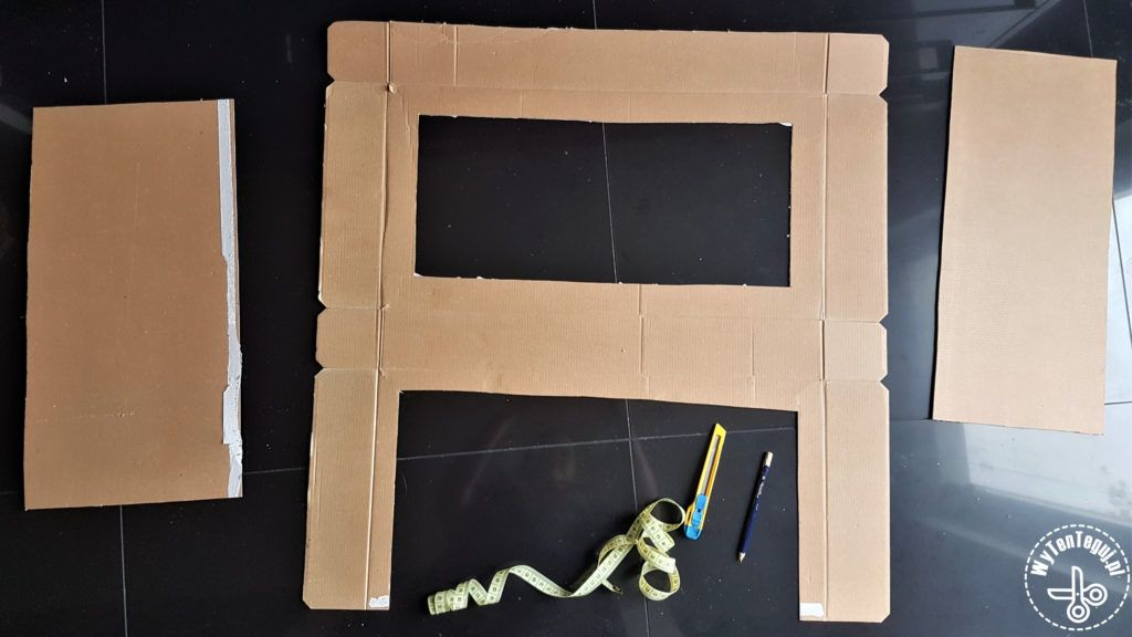 Cardboard for theater