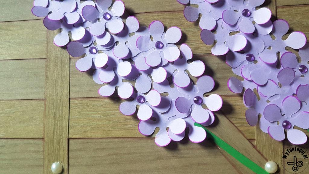 Coloring the edges of lilac petals