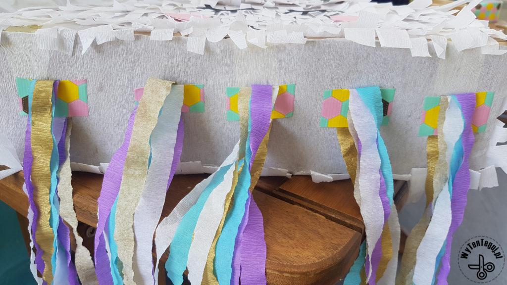 Tail preparation for cloud piñata