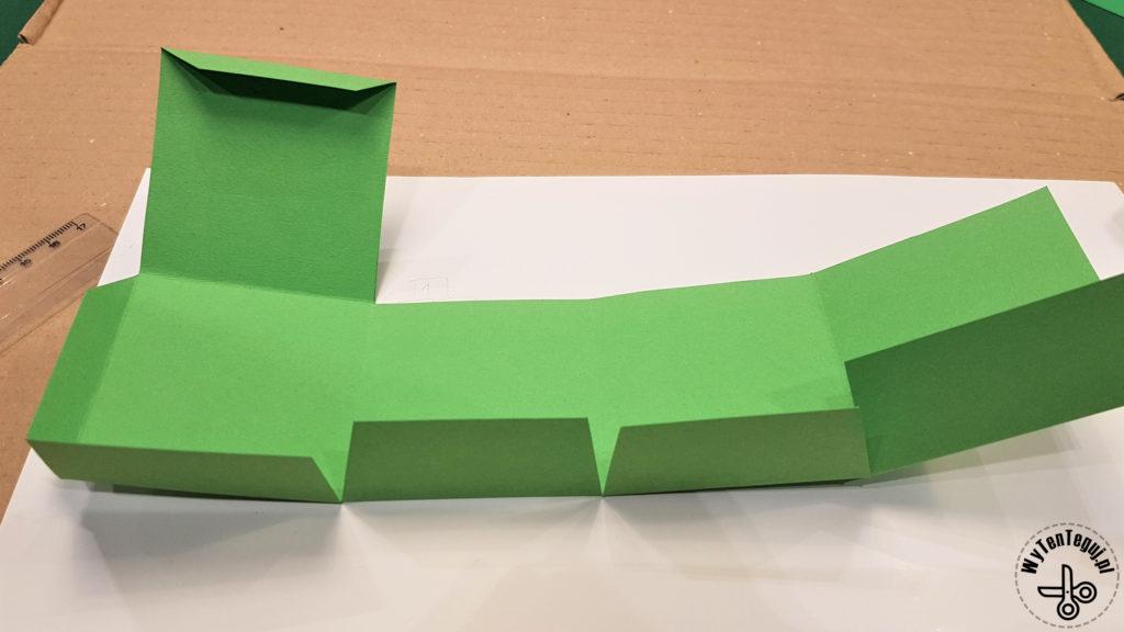 Making of cube box