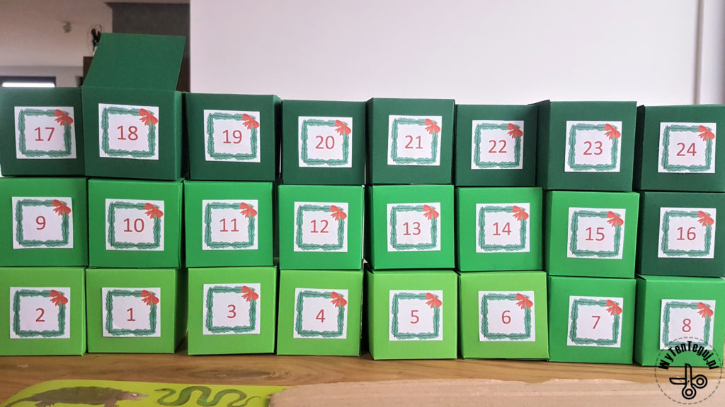 Sticking numbers for advent calendar