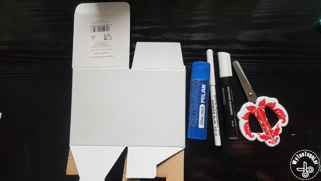 Supplies for gingerbread house box