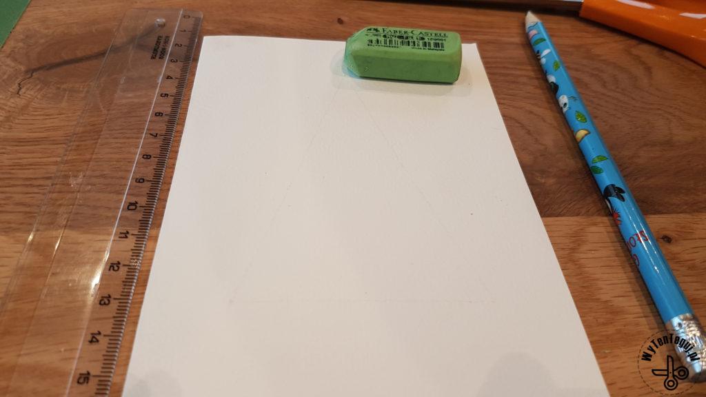 Wykonanie kartek z guzików, przygotowanie bazy