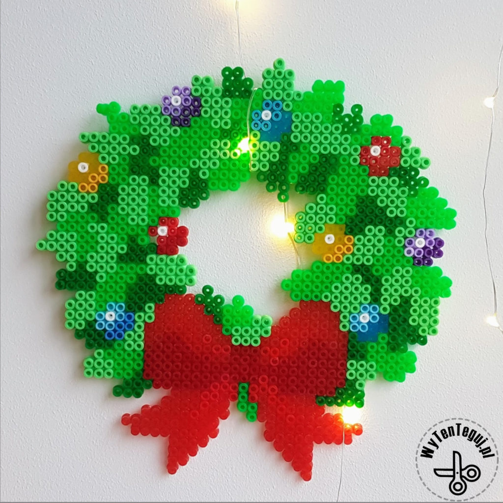 Hama bead Christmas wreath