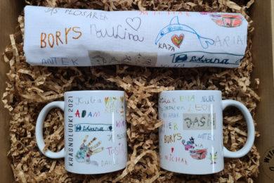 Torba i kubek z podpisami dzieci dla nauczyciela