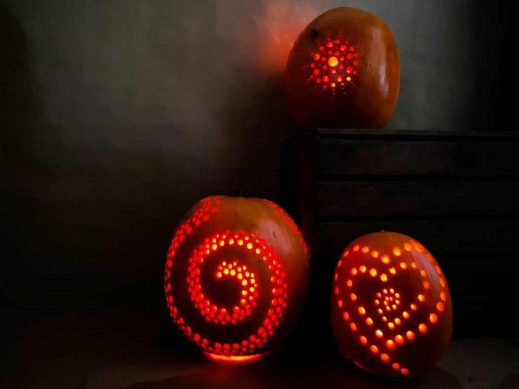 How to carve a pumpkin with power drill