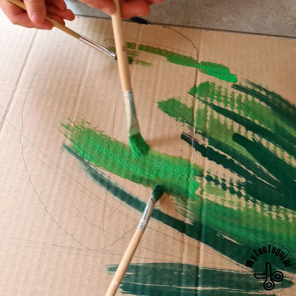 Painting the stem and the leaves